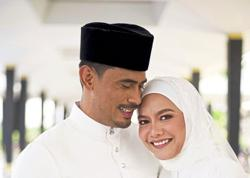 Just married Remy Ishak says sorry to female fans