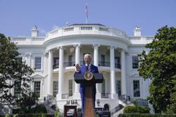 Apples Tim Cook, Microsofts Satya Nadella plan to visit White House