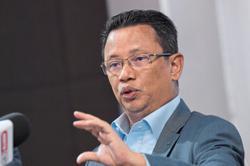 Norza retains OCM post, Hamidin the new deputy