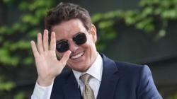 Actor Tom Cruise's luggage stolen in Britain