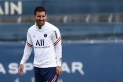 Soccer-Messi on the bench for Ligue 1 game against Reims