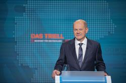 SPD candidate Scholz won televised election campaign debate - poll