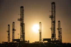 Oil mixed after Hurricane Ida hits U.S. Gulf rigs, refineries