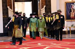 New Cabinet ministers, deputy ministers sworn in before King