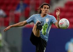 Soccer-Cavani's Uruguay call-up cancelled due to quarantine rules