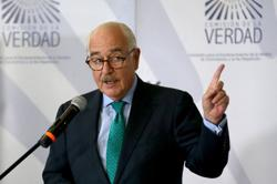 Colombia's ex-President Andres Pastrana defends efforts to build peace