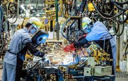 Vietnam's manufacturing sector further disrupted by Covid-19