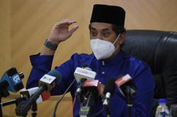 Khairy to discuss with Education Ministry on making vaccination compulsory for teachers