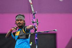 Suresh's chance of a medal gone with the wind