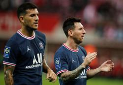 Soccer-PSG sign two-year deal with fashion house Dior