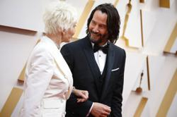 That DM from Keanu Reeves? Don't get your hopes up