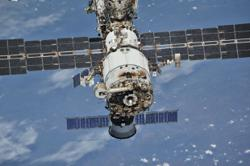 Astronauts smell smoke, burning on Russia's ISS module