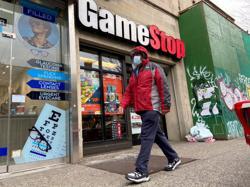 Investors make an exit as GameStop goes quiet on rejig