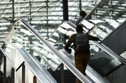 German train drivers threaten new strike in pay dispute