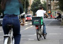 DoorDash, Uber sue New York City over cap on delivery fees