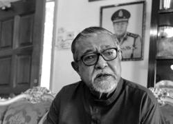 Former Bukit Aman CID chief Zaman Khan passes away
