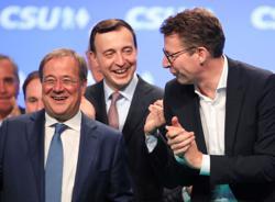 Bavaria's CSU rallies behind struggling Laschet as German vote looms