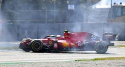 Motor racing-Sainz crashes as Hamilton leads final Italian GP practice