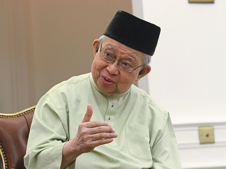 Former finance minister Tan Sri Tengku Razaleigh Hamzah was also a key personality behind the Dawn Raid.