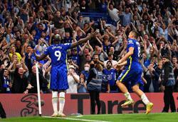 Soccer-Lukaku, Kovacic break Stamford Bridge ducks as Chelsea beat Villa 3-0