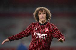 Soccer-Luiz joins Brazilian club Flamengo