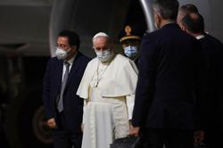 Pope Francis arrives in Hungary for lightning visit