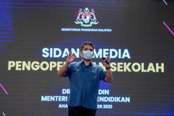Education Ministry, PSD discuss possible action against teachers who refuse vaccine