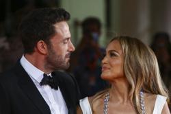 Jennifer Lopez, Ben Affleck make romance official in Venice