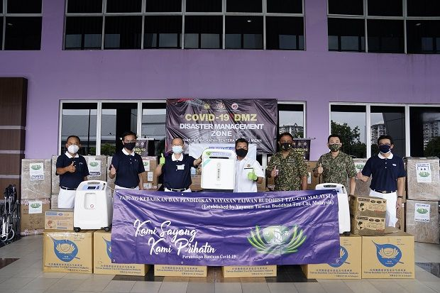 Top Glove responded swiftly during the Covid-19 pandemic, donating much needed personal protective equipment, including medical gloves to frontliners.