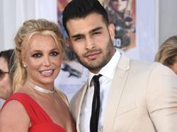Pop princess Britney Spears engaged to boyfriend Sam Asghari