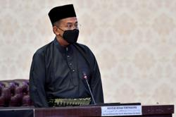 MB: 100 teachers in Terengganu have rejected vaccination