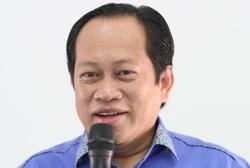 Ahmad Maslan gives thumbs-up to bipartisan MOU