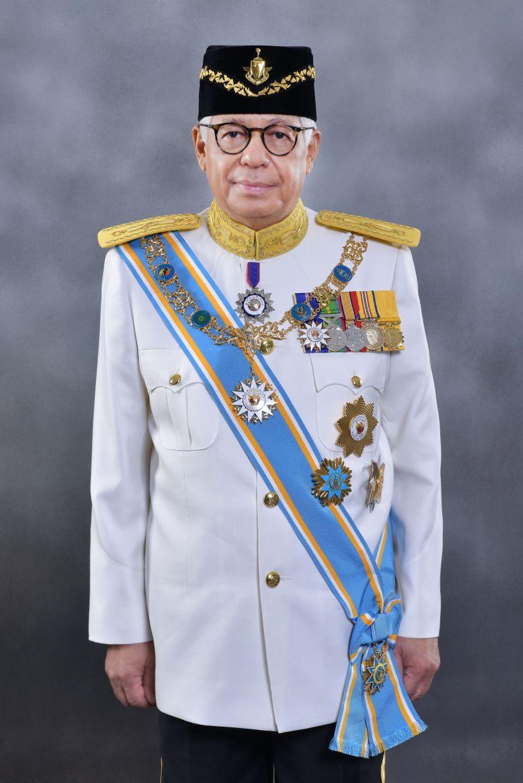 Tun Ahmad Fuzi Abdul Razak, Penang's eighth Yang di-Pertua Negeri, has been appointed as Uniten's chancellor.