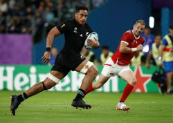 Rugby-Assault charges against All Blacks flanker Frizell dropped