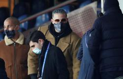 Soccer-DJ Snake hisses at PSG for replacing Collins number as entrance music