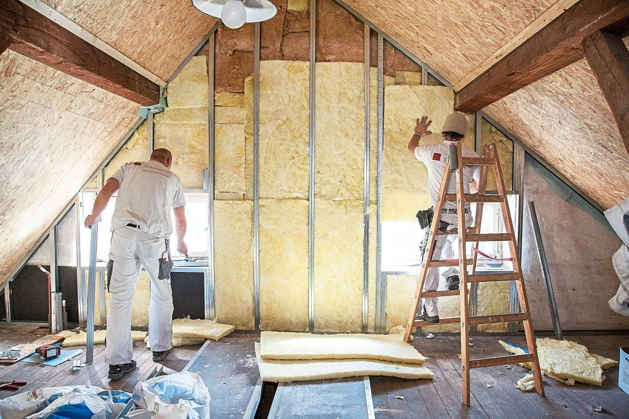 A roof's insulation has the biggest effect on how hot the attic. Photo: Kai Remmers/dpa