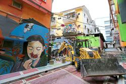 DBKL cleans up city centre, demolishes illegal structure