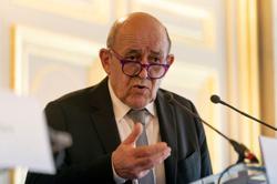 France criticises deal bringing Russian mercenaries into Mali
