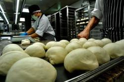 'Ghost kitchens' boom in Asia as pandemic sparks huge demand