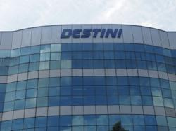 Destini appoints Muhayuddin group CEO, Rozabil assumes role of executive chairman