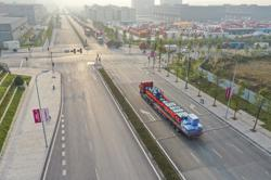 New highway freight service links China and Vietnam