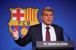 Soccer - Barcelona chief Laporta calls for fan patience after Bayern drubbing