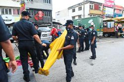Selayang council takes action against traders flouting regulations