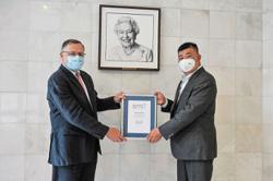 Uncle Kentang gets royal honour