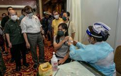 Abang Johari: Inoculation of Sarawak teens against Covid-19 going smoothly ahead of schools reopening