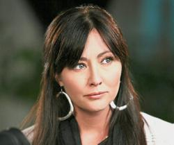 'Beverly Hills 90210' actress Shannen Doherty talks about battle with cancer