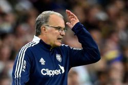 Soccer-Bielsa asks FA for guidance over Struijk red card decision