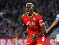 Soccer-Napoli fight back to deny Leicester, Lyon sink Rangers