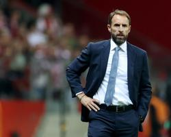 Soccer-Southgate wants more women hired for England training set-up