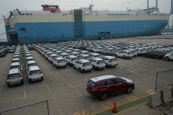Indonesia posts record trade surplus and exports in August